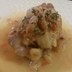 アントューカ - 豚肩肉の煮込み。ホロホロに煮込まれていて優しい味♪