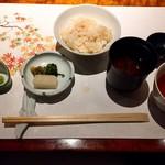 皆美館 - 食事 蟹釜めし 小吸物