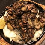 炭火焼dining おかげ家 - 宮崎赤ドリももの炭火焼(680円)