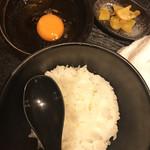 炭火焼dining おかげ家 - たまごかけごはん(480円)