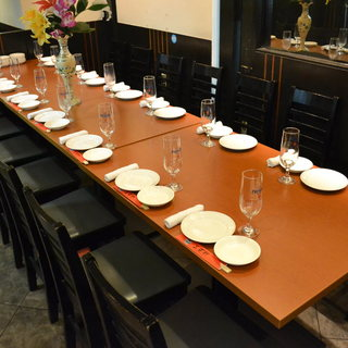 宴会に最適テーブル席。