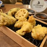 天ぷらスタンド KITSUNE - 野菜の天ぷらいろいろととり天