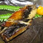 自彩菜酒処 渓 - 自家製 サバの燻製