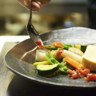 国産の季節食材を主役に、ワインと相性抜群の旬菜フレンチ◎