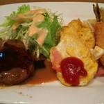 キッチン丸山 - Bセット ¥850 ハンバーグ&オムレツ&ハム&エビフライ