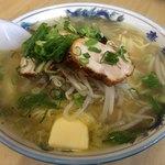 タッチャンラーメン - 料理写真:しお バター 大盛り