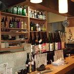 居酒屋 ルーキー - ザ・居酒屋といった雰囲気の店内
