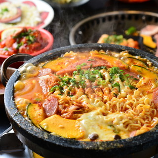 韓国ご飯はSPICYBBQ!オルチャンもハマるお鍋有ります♡