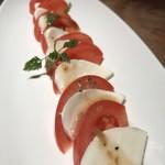 羅豚 - トマトのカプレーゼ