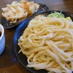 麦屋 - もりうどん(大550円)+かき揚げ(130円)