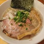 らー麺 鉄山靠 - 塩とんこつらー麺
