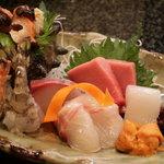 海鮮料理 あみたつ - お造り盛り合わせ