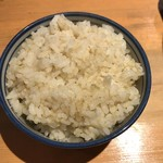 麺屋 八海山 - 白ごはん(中) ※白飯ではなく麦芽ごはんですね