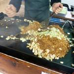 いで湯っこ市場 - 田中屋製麺所の焼きそば露店