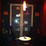 Rock Bar BOUNCE - ステージも有り。ライブ可。