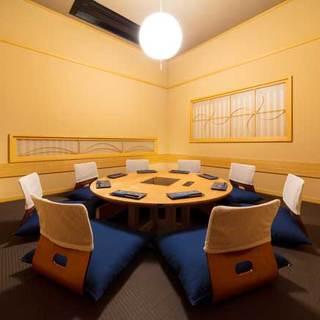 店内は全席個室!大宴会場も完備しております。