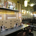 八重洲居酒場商店 - カウンター風テーブル席