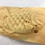 たいやき神田達磨 - 羽根つきたい焼き 粒あん180円