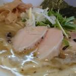 自家製麺 ラーメンK - 鶏むねふっくら柔らか