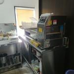 自家製麺 ラーメンK - 製麺機