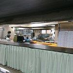 キャッスル食堂 - 東京藝術大学 キャッスル食堂 @上野 オープン厨房と料理注文・支払・引取カウンター
