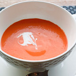 スロー レストラン リード - 冷静赤ピーマンのスープ