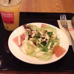 アマンダコーヒーズ - サラダ&ドリンク