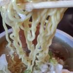 麺屋くるる - ちぢれ麺