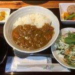 ちょんたま食堂 - 日替わりはカレー580円