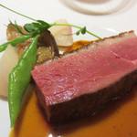 レストラン 花の木 - 鴨胸肉のロースト。