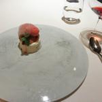 レストラン 花の木 - ヌガー・グラッセ。