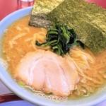 松田家 - 豚骨醤油