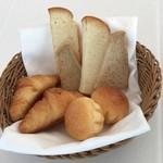 レストラン・ブリーズ・ヴェール - トースト&クロワッサン