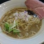 煮干し豚骨らーめん専門店 六郷 - 濃厚煮干し豚骨 780円