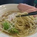 煮干し豚骨らーめん専門店 六郷 - 細ストレート麺