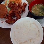 キッチン大正軒 - カラメン定食(950円)