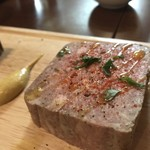 肉とワイン バルワラク - 鶏レバーパテ