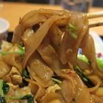 チャオタイ - センヤイは乾麺戻し麺使用