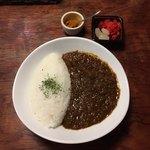 zushi curry - すじ かれー  ¥950