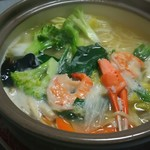 中国麺家万天 - 冬季限定 土鍋海鮮煮込みラーメン