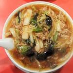 横浜飯店 - あんかけ肉野菜炒めが山盛り