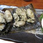 大衆割烹 あら川 - 能登 真牡蠣の昆布焼き 1100円 (2017.11)