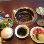 焼肉レストラン三樹 - 料理写真:A定食 ¥1720