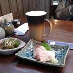 潮蔵 - おすすめコースの海藻サラダ、刺身&生ビール