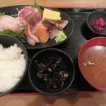 食道楽 - 新鮮刺身定食 1000円