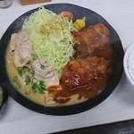 76600774 - ポーク味噌&ヒレカツ定食♪