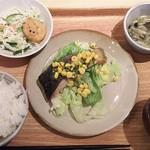 岡山淳風会タニタ食堂 - 日替り定食 鮭のソテー