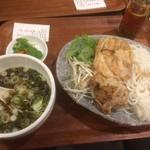 米どころ - 「つけめん・ブン」(炙り焼き鶏のつけ麺・旨塩たれ・丸細麺タイプ・880円)