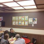 76607976 - 店内風景。この壁には、昔は一面に料理の写真が貼られていたのに。
