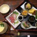 ひとり静か - お昼のランチ 1650円 お昼は1種類のみです。